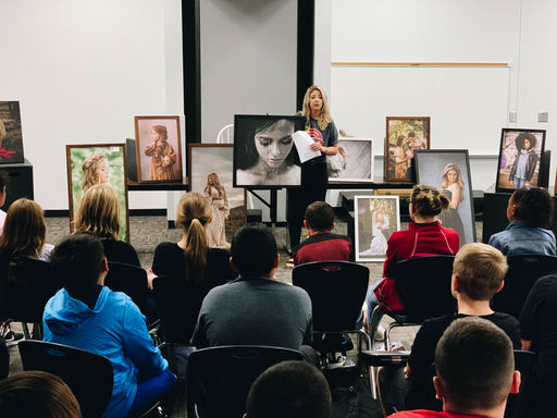 Dalton Middle School Students Complete Workshops with Local Artists