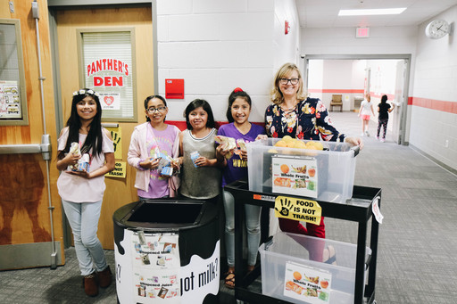 City Park Teacher Brings Helping Hands Ending Hunger to Dalton