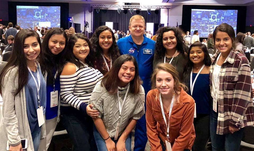 Students with Astronaut Eric Boe